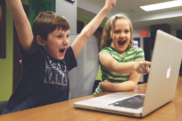 Sociology Essay Computer Technologies and Children