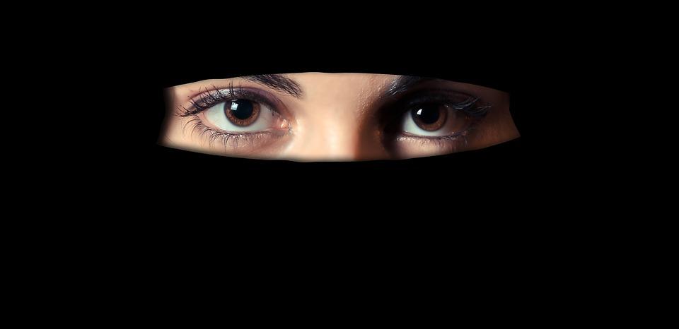 essay-on-culture-western-vs-islamic